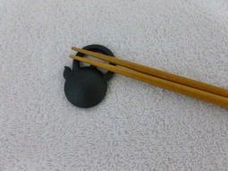 *姑姑熊*~日本帶回~居家生活餐具~南部鐵器茶壺造型筷架~鐵製~