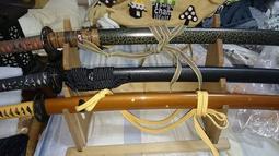 日本刀/武士刀/居合/劍道~原木刀架/劍架~