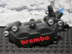 ●千豐機車精品● BREMBO 黑底紅字 對四卡鉗 右卡 新勁戰 / 三代新勁戰 / GTR / GTR AERO