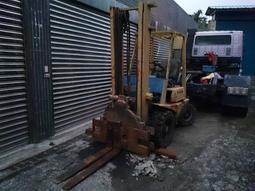 不會動 殺肉 楊鐵 YAM FD30 三噸 柴油 手排 推 堆高機 叉車 四米高桿 旋轉翻牙 轉盤 ISUZU C240