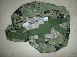 全新現役美國海軍數位叢林迷彩 AOR2 NWU TYPE  III 防火盔布 L-XL使用