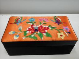 刺繡 珠寶盒